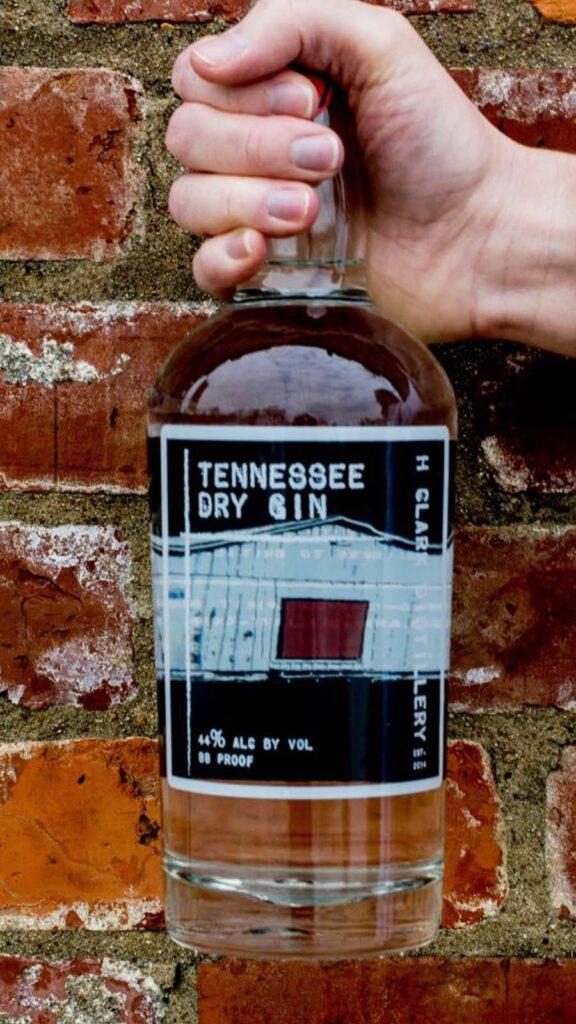 HClark_Tenn Dry Gin-portfolio